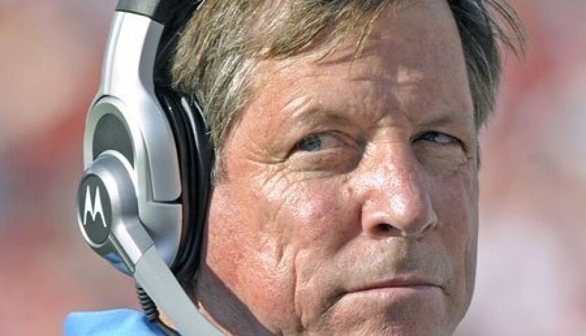 Norv Turner expects RB LaDainian Tomlinson to compete for this year's rushing title, and he also looks forward to Shawne Merriman's return. (Getty Images)
