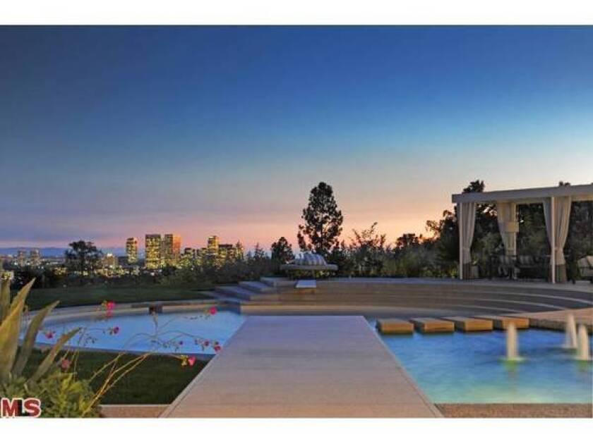 Courteney Cox, David Arquette home for sale