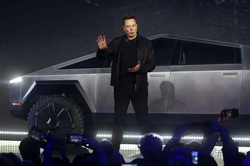 APphoto_Tesla Pickup