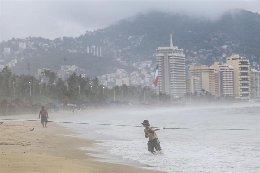 El huracán Willa se intensifica rápidamente y alcanzó ya la categoría 3 de la escala Saffir-Simpson frente a las costas del estado mexicano de Jalisco, informó hoy el Servicio Meteorológico Nacional (SMN). EFE/ARCHIVO