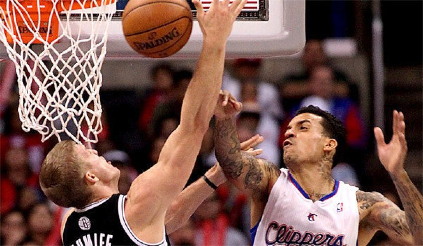 Clippers' Matt Barnes doesn't make the trip