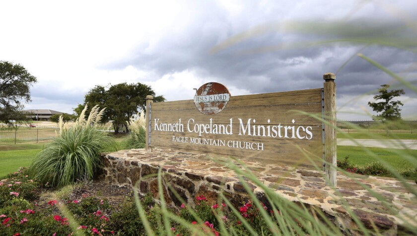 Only <em>after</em> measles outbreak does Texas megachurch support vaccines