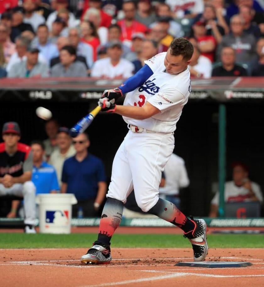 7-3. Pederson conecta par de jonrones en triunfo de los Dodgers