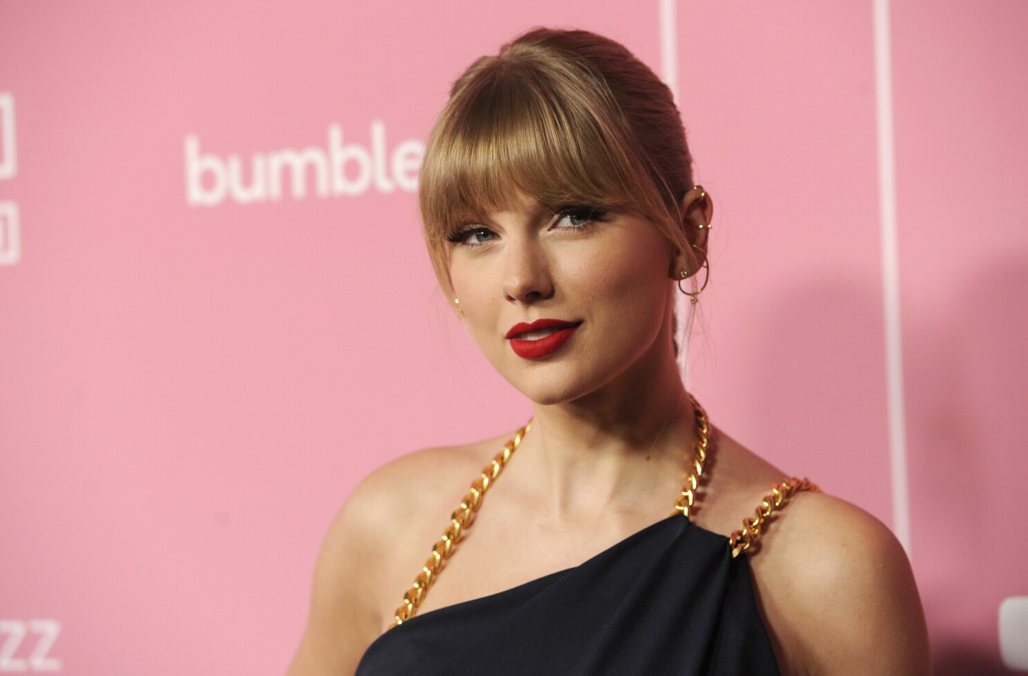 Taylor Swift S Master Recordings Sold By Scooter Braun Los Angeles Times
