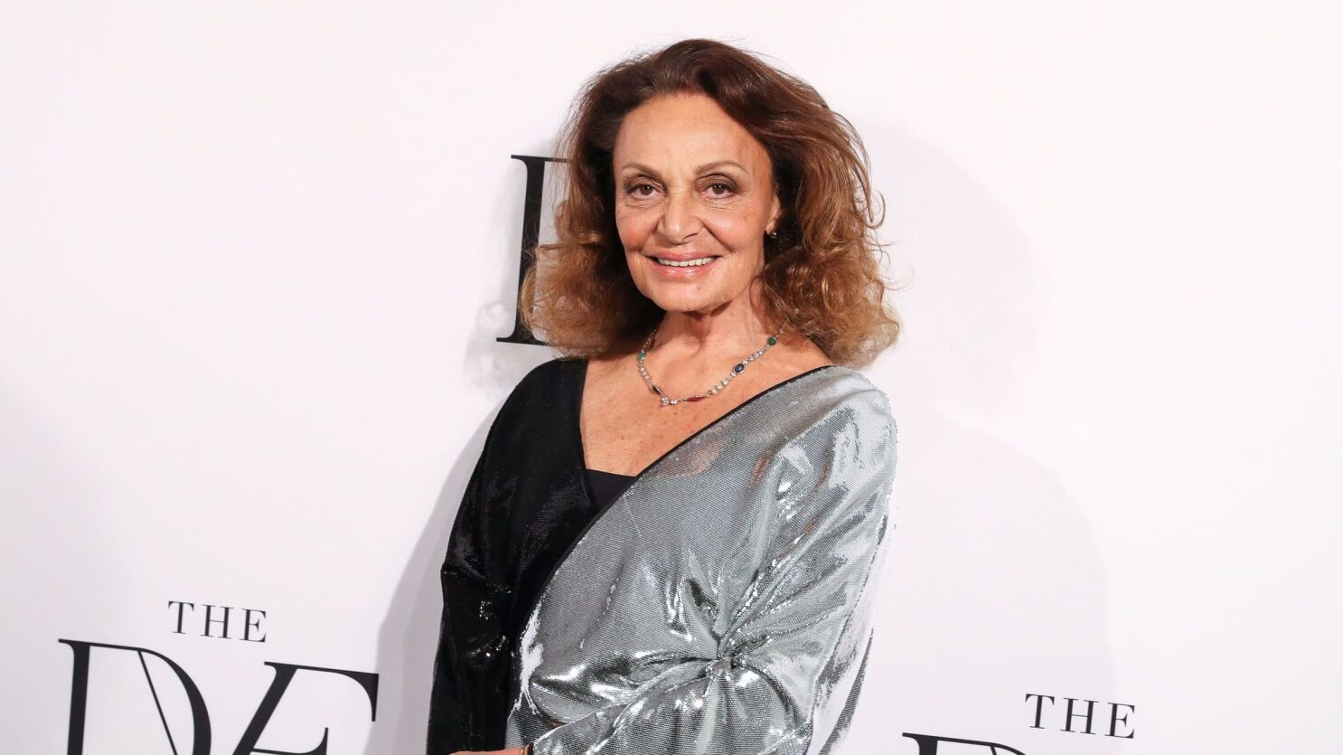 Diane Von Furstenberg To Teach Online Course On How To Build A Fashion Brand Los Angeles Times