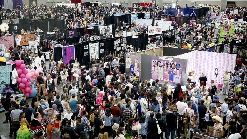 The convention floor at DragCon LA 2018.