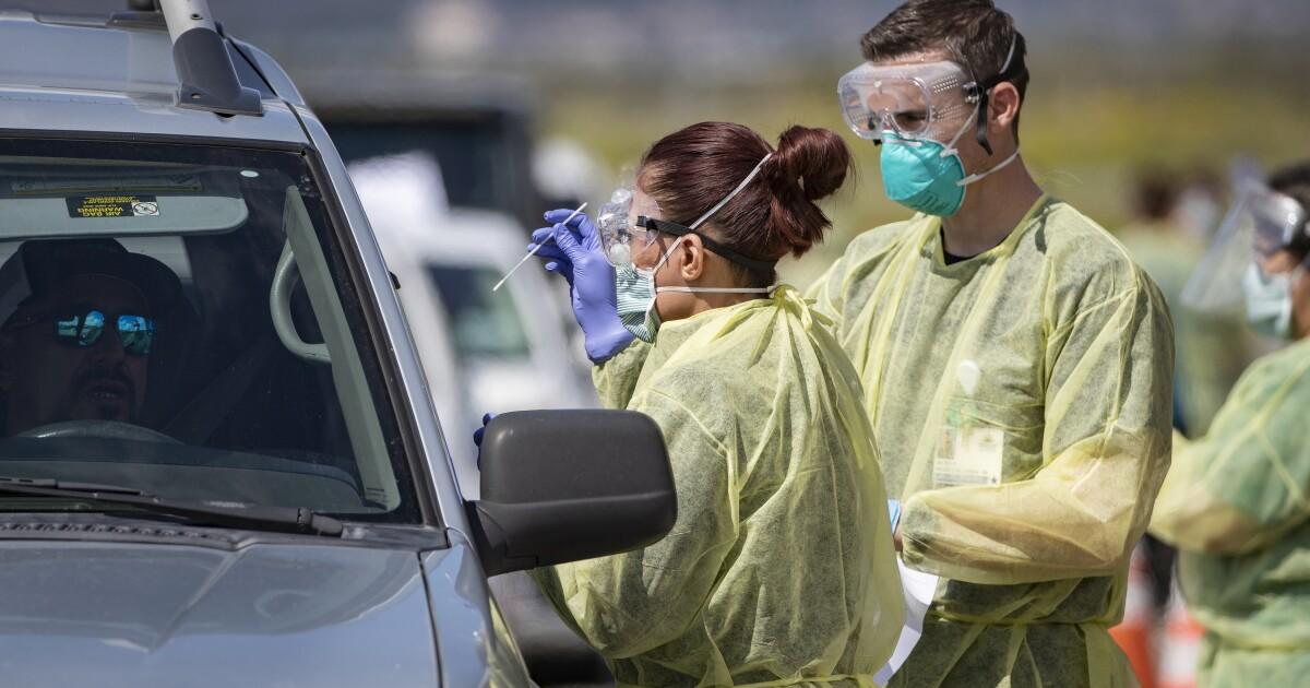 Όπως Καλιφόρνια coronavirus περιπτώσεις και οι θάνατοι αυξάνονται, Νιούσομ θυμίζει τον κόσμο να μείνει στο σπίτι