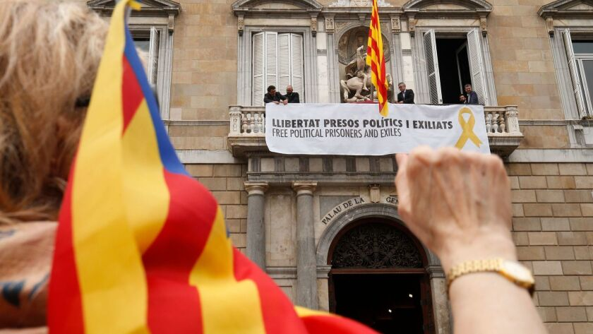 TOPSHOT-SPAIN-CATALONIA-POLITICS-GOVERNMENT