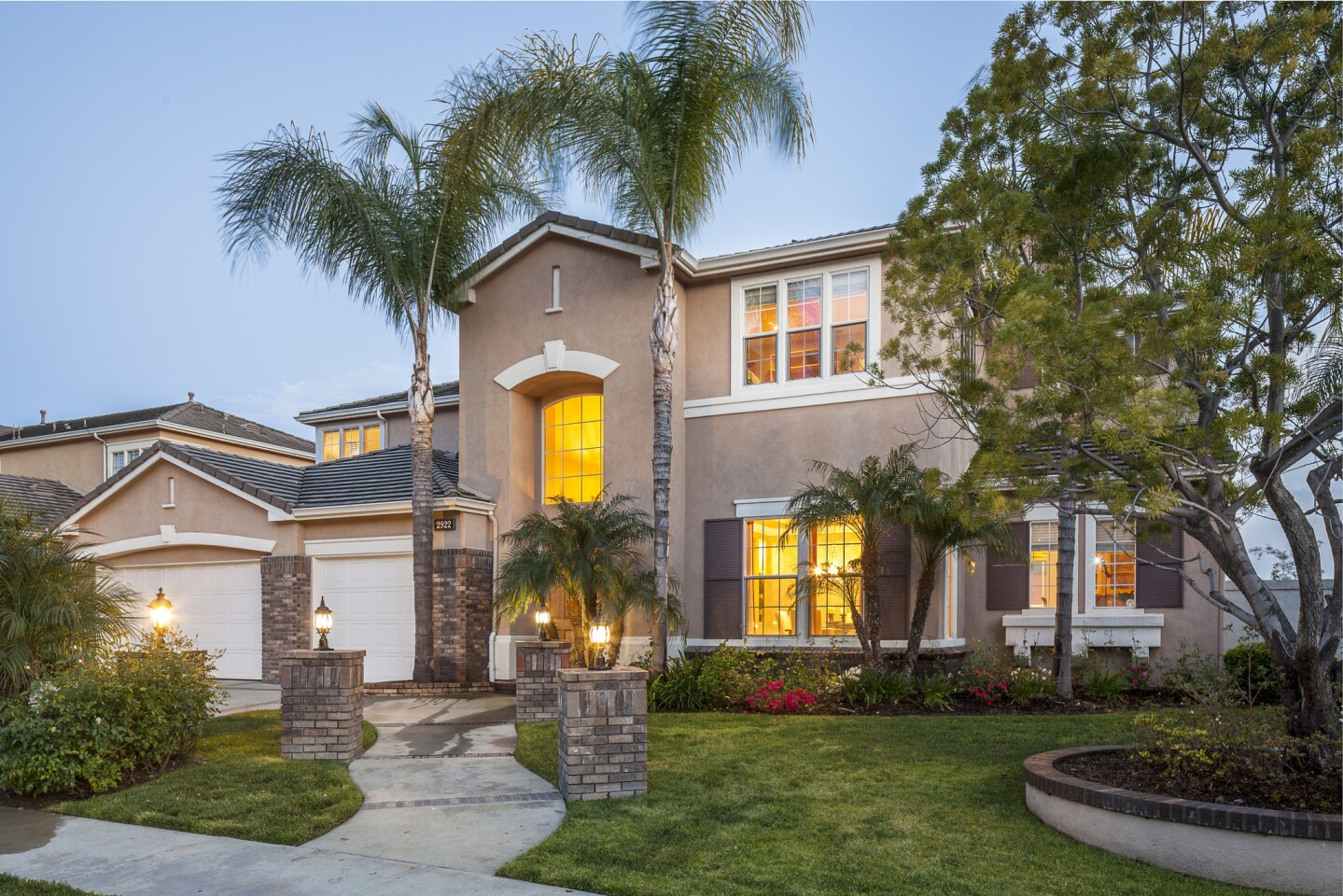 Home of the Day: Slam dunk for spacious, contemporary style