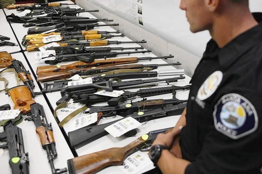 FBI names 17 alleged Costa Mesa gang members in indictment - Los