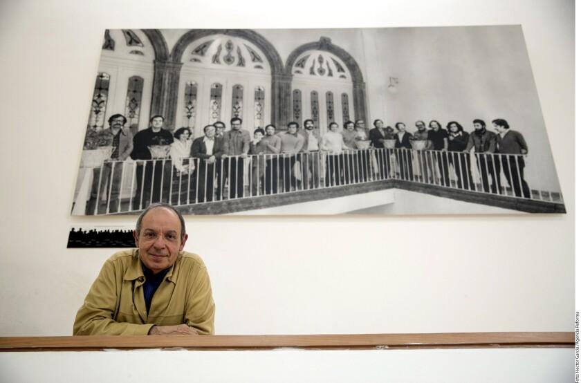 Héctor Aguilar Camín toca en su novela Toda la vida los temas del desamor y el asesinato.
