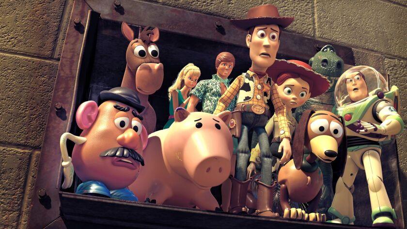 """""""TOY STORY 3"""" ññ (LñR) Mr. Potato Head, Bullseye, Barbie, Hamm, Ken, Woody, Jessie, Slinky Dog, Rex,"""