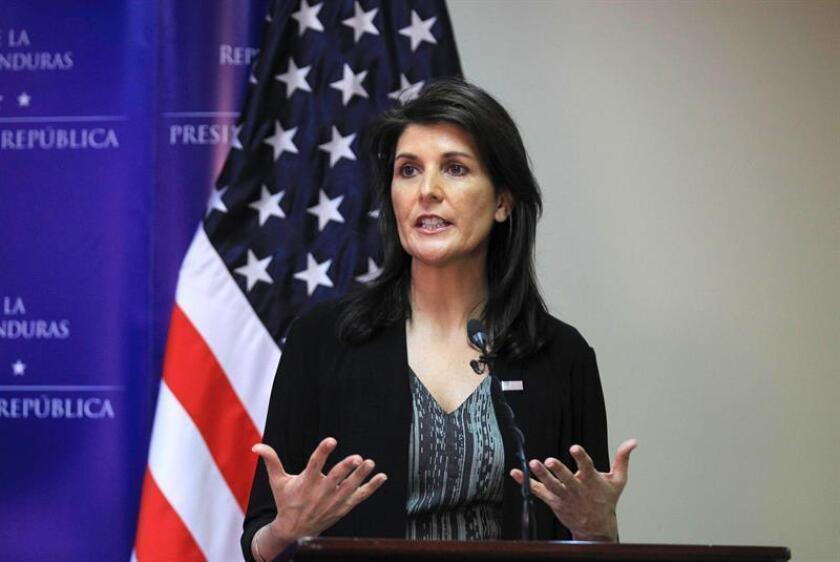 La embajadora estadounidense ante la ONU, Nikki Haley, afirmó hoy que la Administración Trump se esforzará en estrechar sus lazos con América Latina en 2018 durante una reunión en Miami con representantes de la comunidad hispana. EFE/ARCHIVO