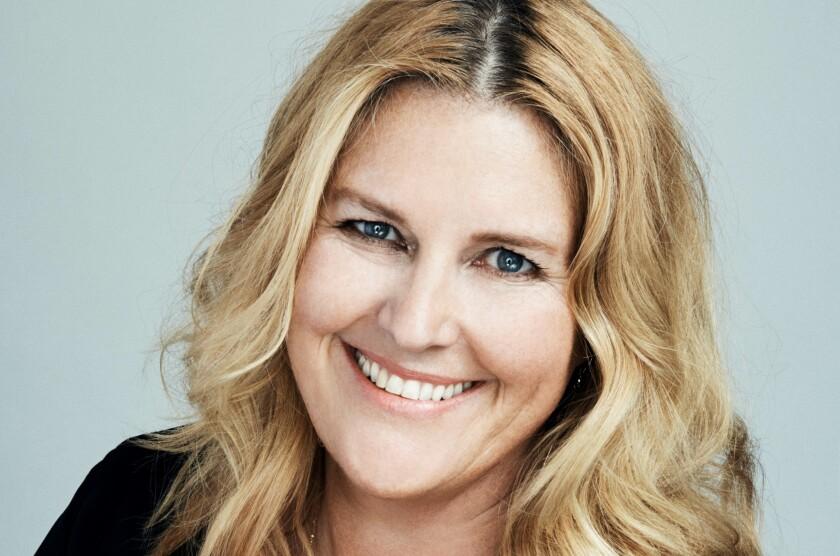 '11.22.63' showrunner Bridget Carpenter discusses the new Hulu sci-fi original