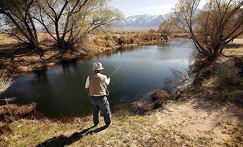 Japanese Americans recall fishing at Manzanar - Shepherd Creek