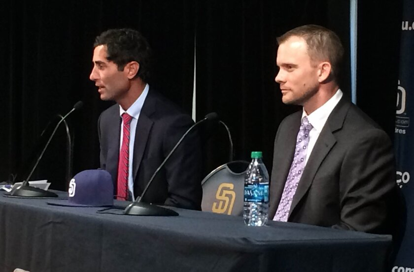 A.J. Preller, left, introduces new Padres manager Andy Green.
