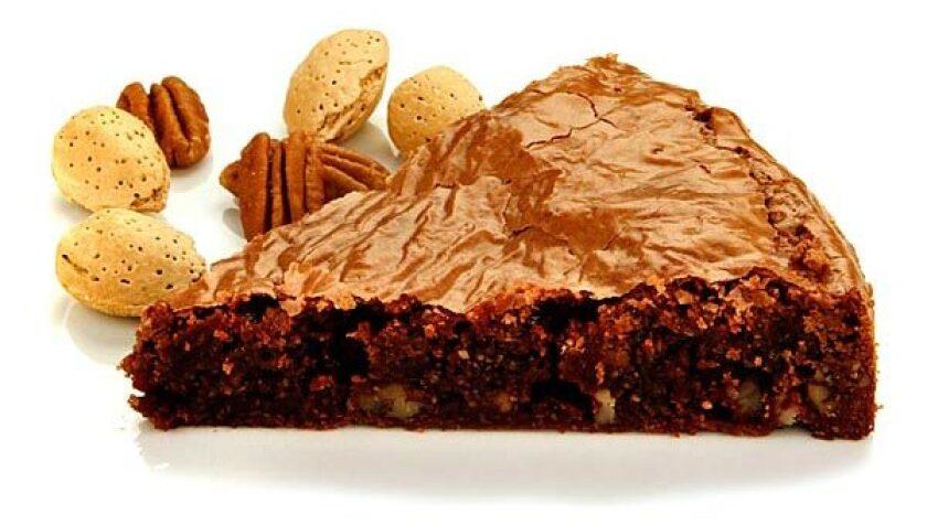 Chocolate pecan brownie fudge cake