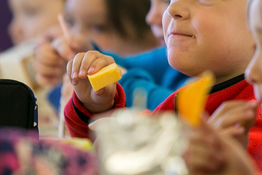Children eat lunch in Kentucky