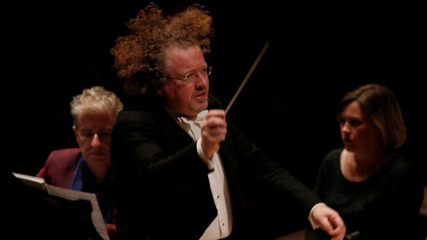 Stéphane Denève conducting the L.A. Phil