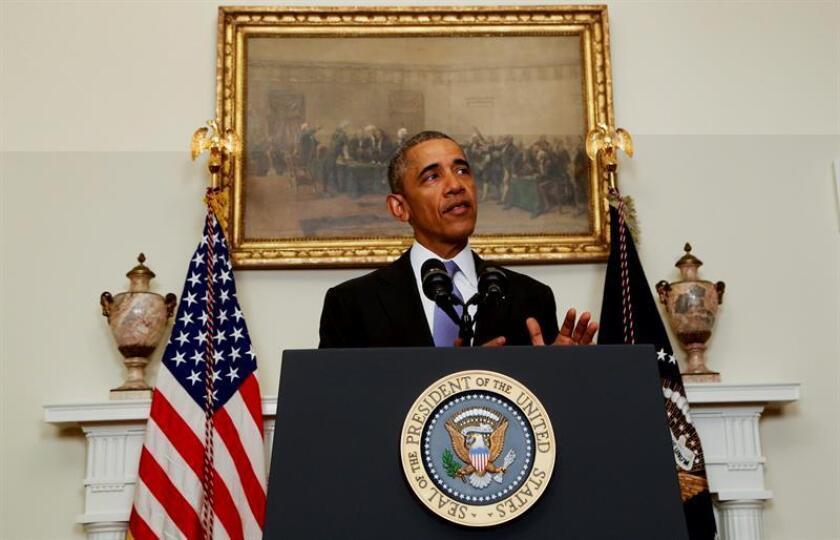 Un proyecto legislativo que renueva por 10 años más las sanciones de EEUU contra Irán y que fue aprobado el 1 de diciembre por el Congreso entró hoy en vigor sin la firma del presidente Barack Obama, mientras la Casa Blanca asegura que no afectará a los compromisos del acuerdo nuclear con Teherán. EFE/ARCHIVO