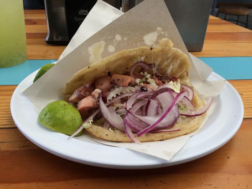 Tacos de pulpo at Walter at the Food Garden