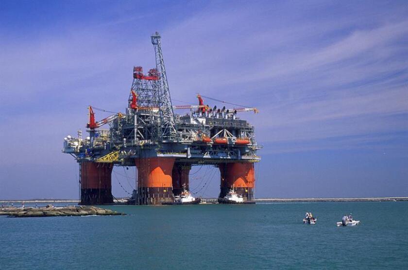 Las reservas de petróleo subieron la semana pasada en 13,8 millones de barriles y se situaron en los 508,6 millones, informó hoy el Departamento de Energía. EFE/ARCHIVO