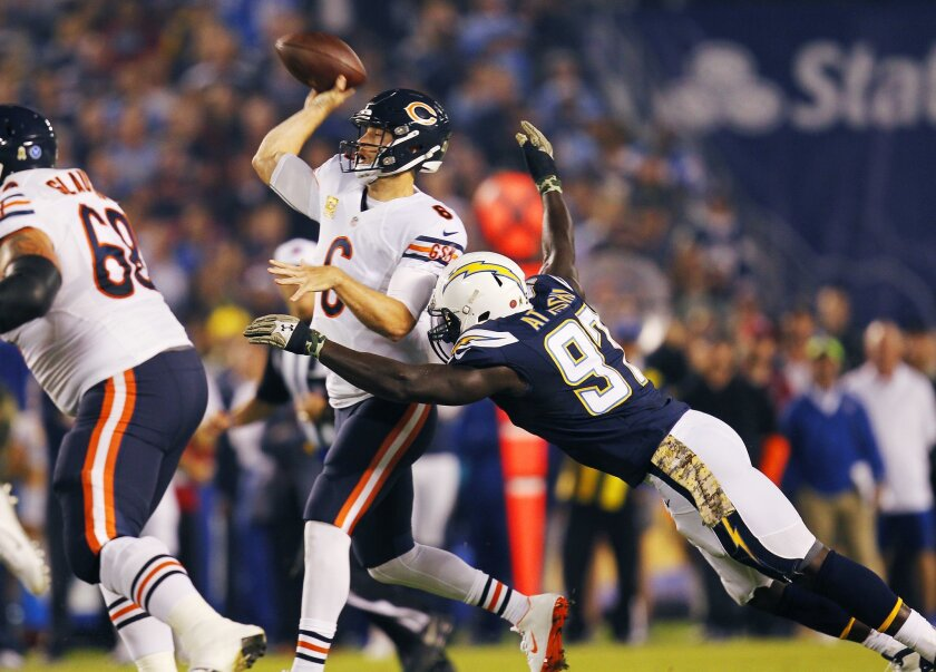 Chargers Jerry Attaochu hits Bears Jay Cutler in the 1st quarter.