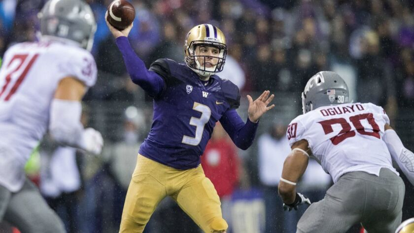 Plenty of experience at quarterback should help Pac-12 achieve success in 2018