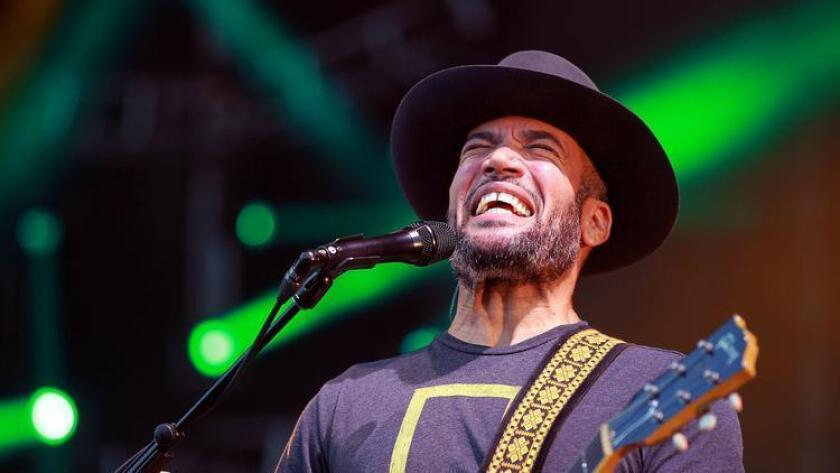 pac-sddsd-ben-harper-with-his-band-the-i-20160819