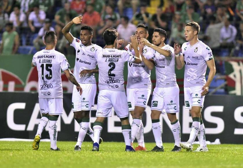 El uruguayo Almada promete convertir al Santos en equipo intenso y solidario