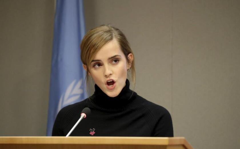 Emma Watson colabora en una línea telefónica para mujeres que sufren acoso sexual