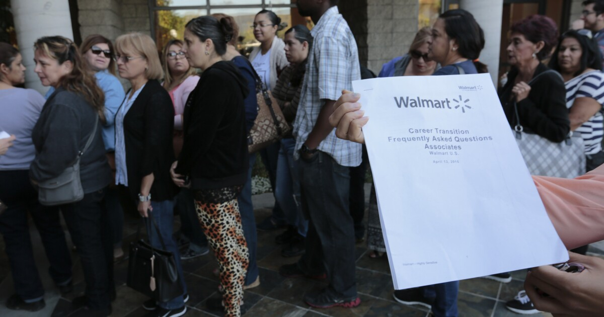 Is Wal Mart Closing Stores For Repairs Or To Punish Activist Workers Los Angeles Times