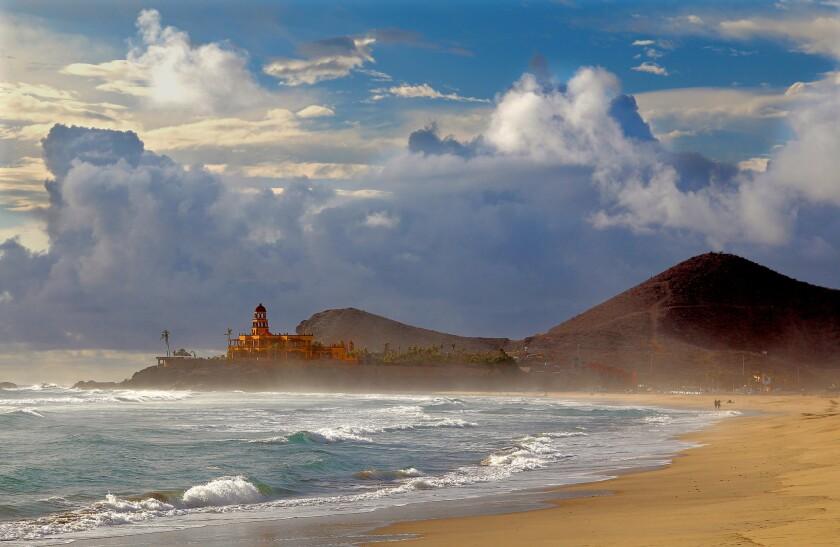 Looking along Cerritos Beach, south of Todos Santos, with Hacienda Cerritos hotel in the background.