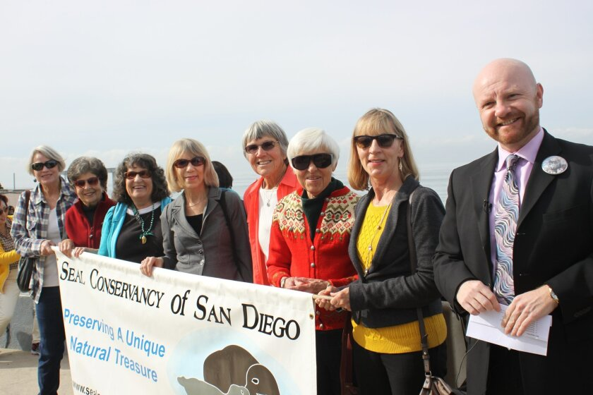 Shannon Player, Roberta Wolff, Nancy Lee, Carol Archibald, Ellen Shively, Jane Bradford, Deborah Saracini and Adrian Kwiatkowski, executive director of Seal Conservancy of San Diego.