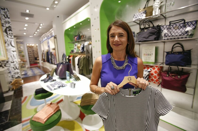 Personal stylists like Jennifer Rosson are becoming an increasingly accessible and affordable luxury for busy consumers who still want to look their best. But they face new competition from online styling services like Stitch Fix.