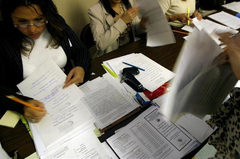 El gobernador de Puerto Rico, Ricardo Rosselló, destacó hoy la buena marcha del mercado laboral en la isla caribeña, tras divulgarse las estadísticas de enero en las que las cifras de empleo mostraron aumentos interanuales. EFE/Archivo