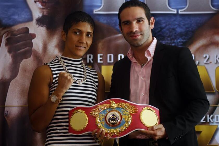 La puertorriqueña Cindy Serrano y la colombiana Calixta Silgado cumplieron con el peso requerido para disputar mañana el vacante campeonato Mundial Femenino Pluma (126 libras) de la Organización Mundial de Boxeo (OMB). EFE/ARCHIVO
