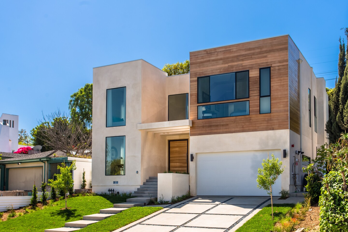 Home of the Day: Geometry + class in Mar Vista