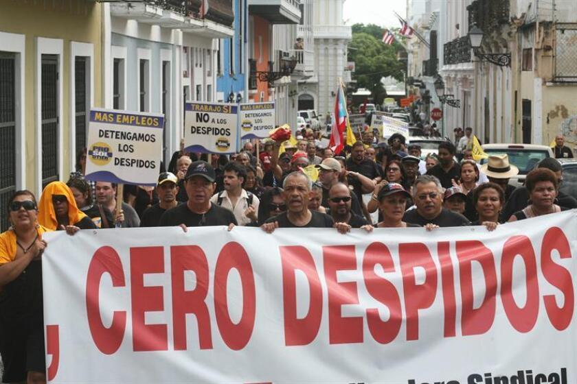 El secretario de la Gobernación de Puerto Rico, William Villafañe, y el secretario del Departamento del Trabajo, Carlos Saavedra, negaron hoy en un comunicado las alegaciones del opositor Partido Popular Democrático (PPD) sobre la pérdida de empleos. EFE/ARCHIVO
