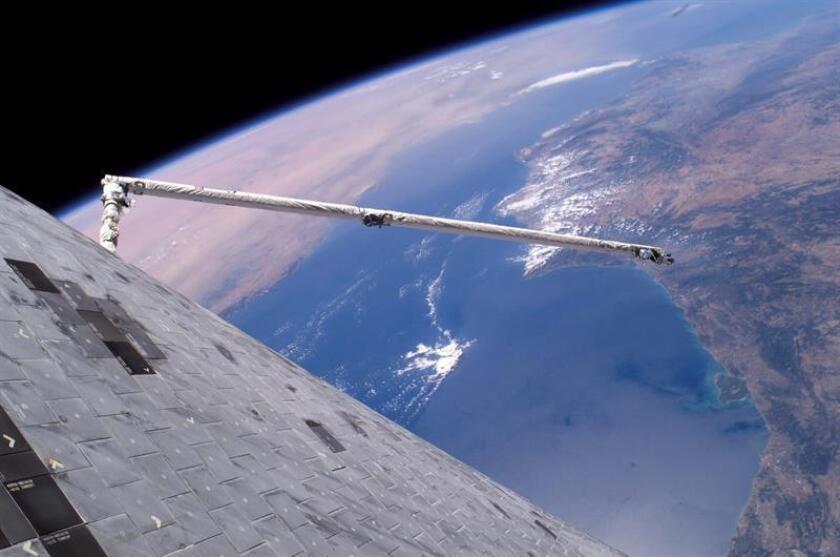 Una foto facilitada por la NASA de la vista de la Tierra. EFE/Archivo