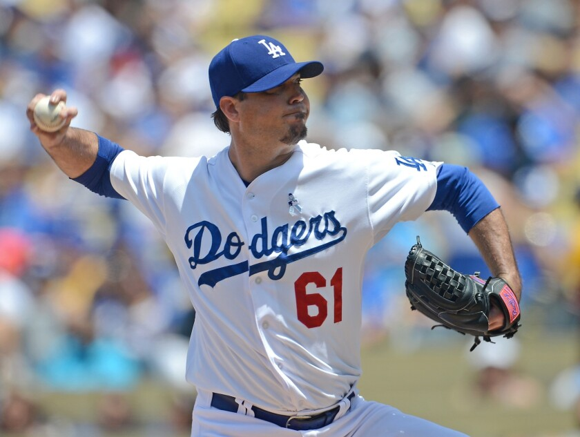 Dodgers pitcher Josh Beckett says he's been dipping since he was 17, but even in the wake of the death of Tony Gwynn he won't say he'll stop using smokeless tobacco.