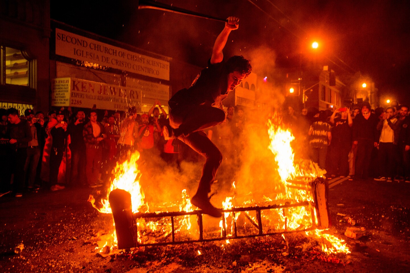 Violence erupts in San Francisco after 2014 World Series win