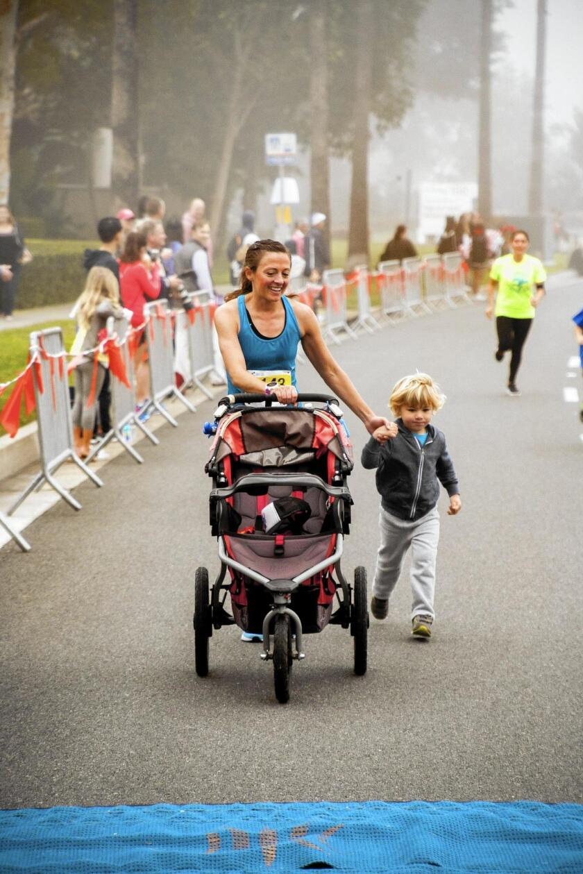 Newport-Mesa Spirit Run races draw more than 1,800 to