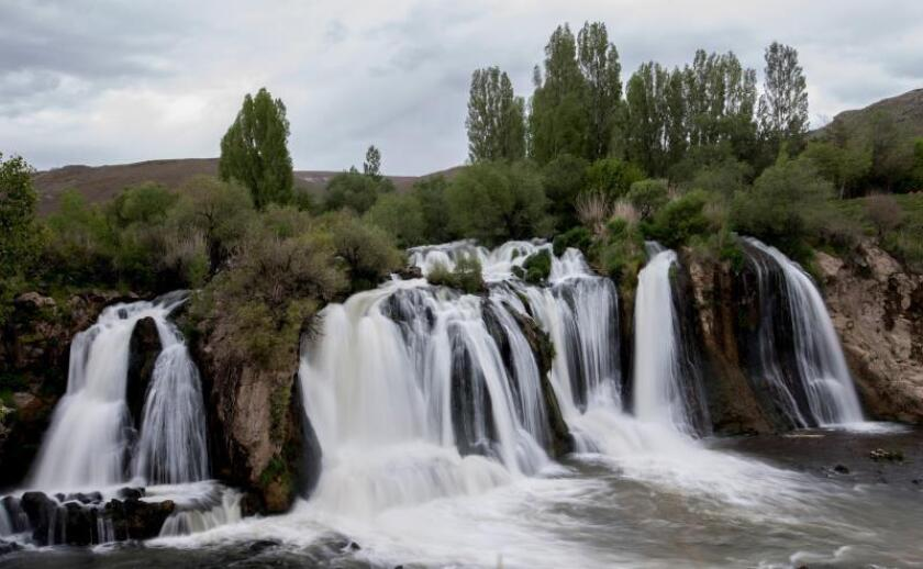 Dado que este tipo de corrientes tiene lugar en las redes de drenaje de las montañas, el estudio sugiere que la autoformación de cascadas podría darse en estas regiones. EFE/Archivo