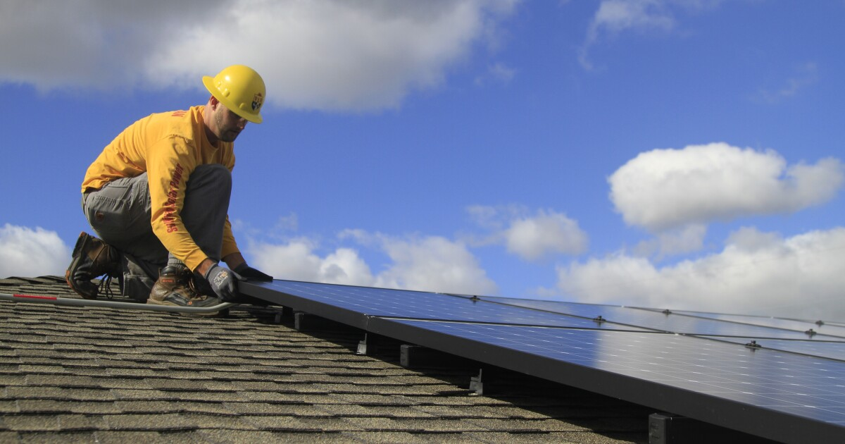 California backtracks on solar requirement for new homes, critics say