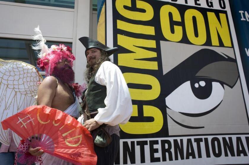 Visitantes lucen sus disfraces durante la Comic Con International que se realiza en el Centro de Convenciones de San Diego, California (Estados Unidos), el jueves 19 de julio de 2018. EFE/DAVID MAUNG/Archivo