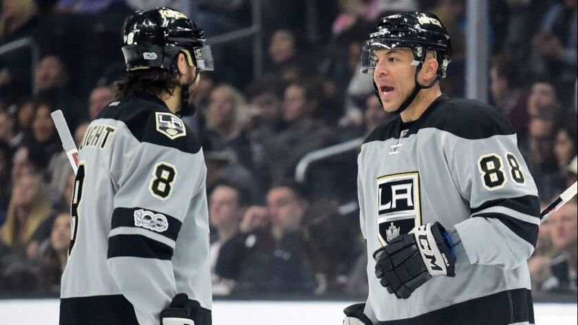 Kings can't claw their way back in loss to Canucks, 4-3