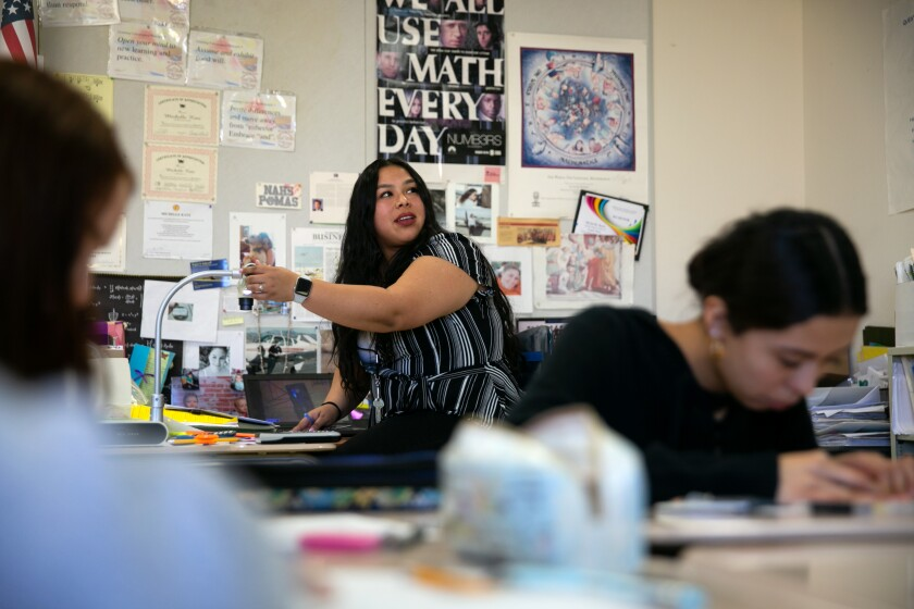 Student teacher Keiri Ramirez