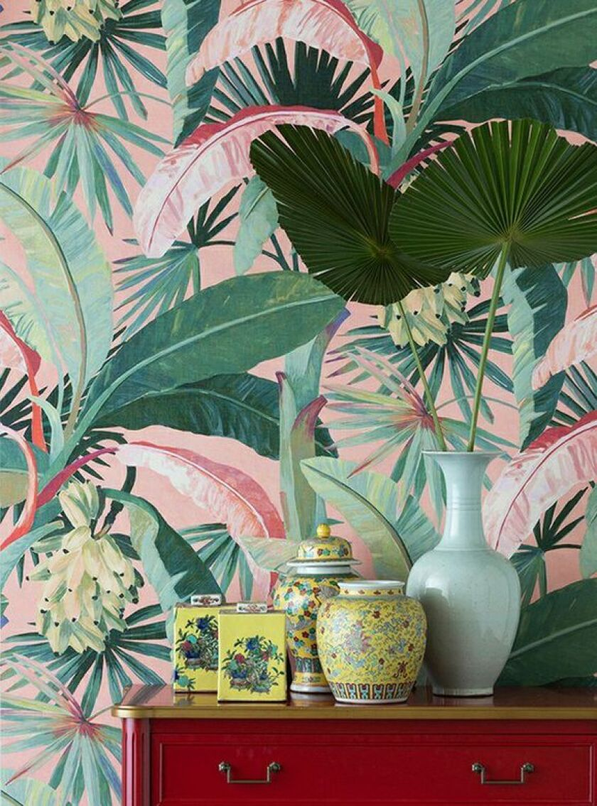 A tropical vibe radiates from the La Palma pattern, in Coral, from the Majorelle Collection by Catherine Martin for Mokum.