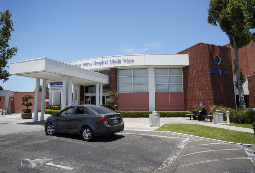 Exterior del Scripps Mercy Hospital Chula Vista en junio de 2020 en National City.